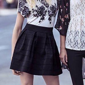 Express High Waist Elastic Skirt-Black (Size XS)
